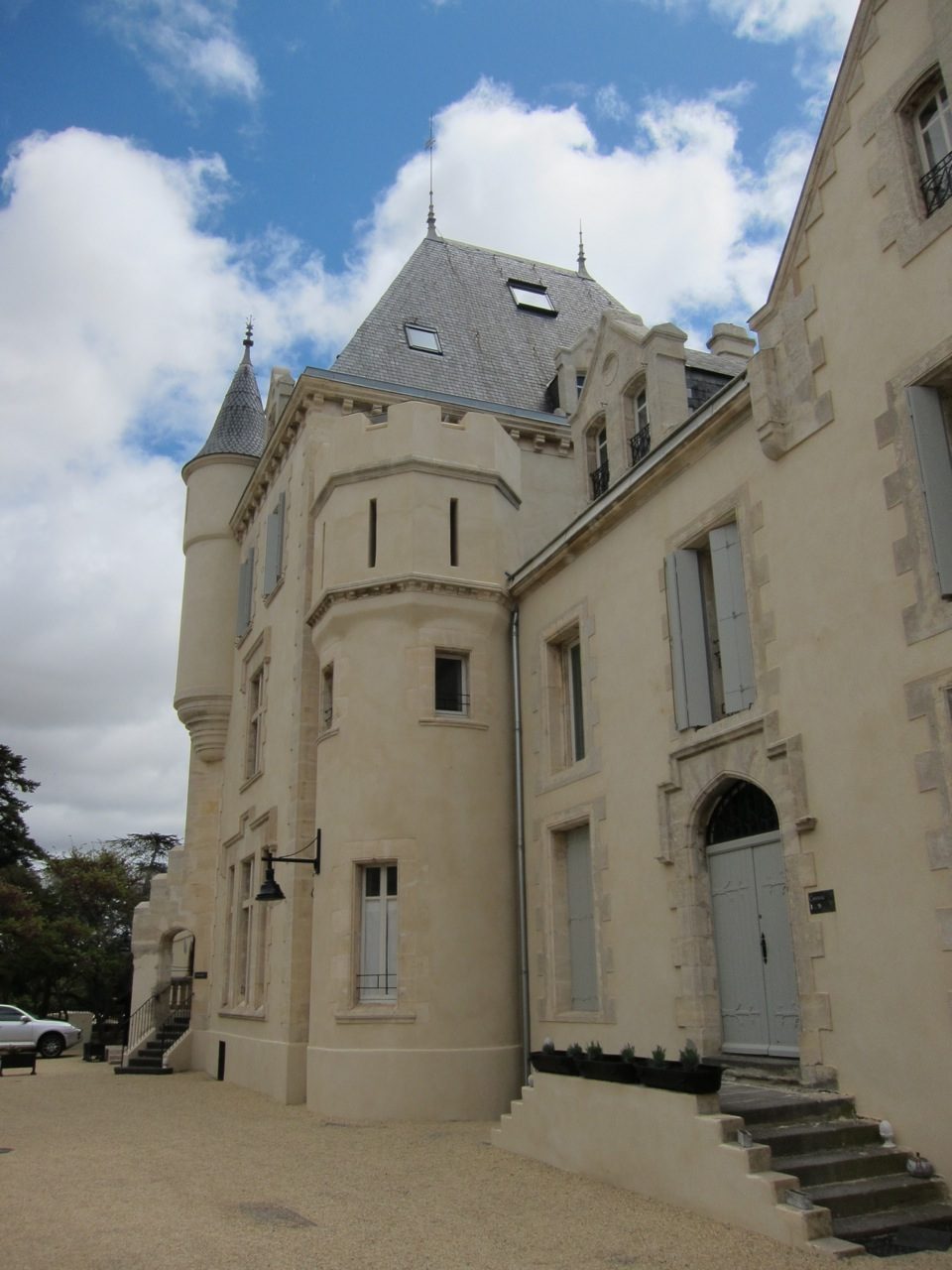 Château Les Carasses, the hotel complex that hosted Millésimes en Languedoc, was actually built thanks to the fortunes made in high-volume Languedoc wine in the 19th Century.