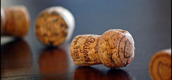 crop-Champagne_corks