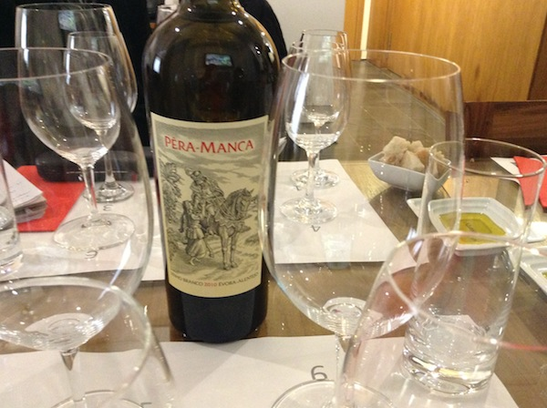 Popular quality wine from Adega Cartuxa