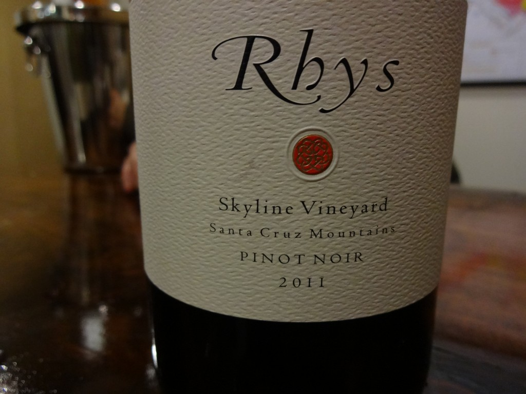 Rhys Skyline Pinot label