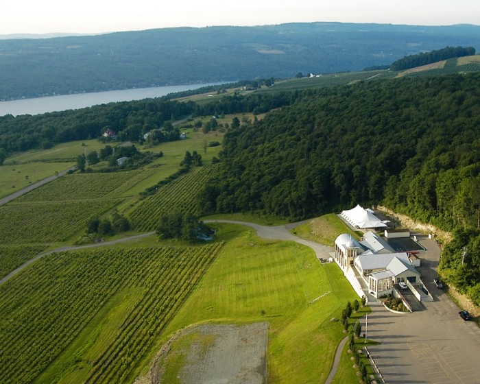 Heron HIll Winery on Keuka Lake (photo: Finger Lakes Wine Country Tourism Association)