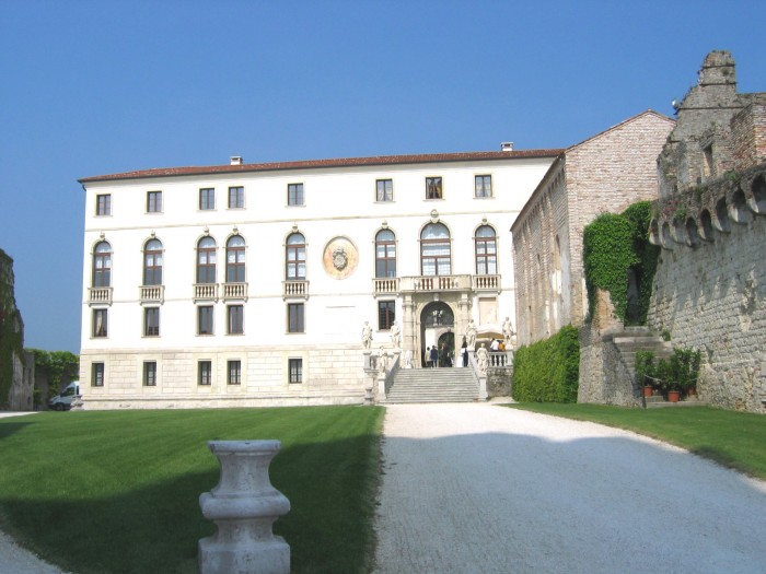 castello S Salvatore Lizzy Aug 2014