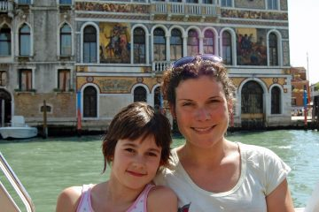 Lara Albertini with her daughter in Venice