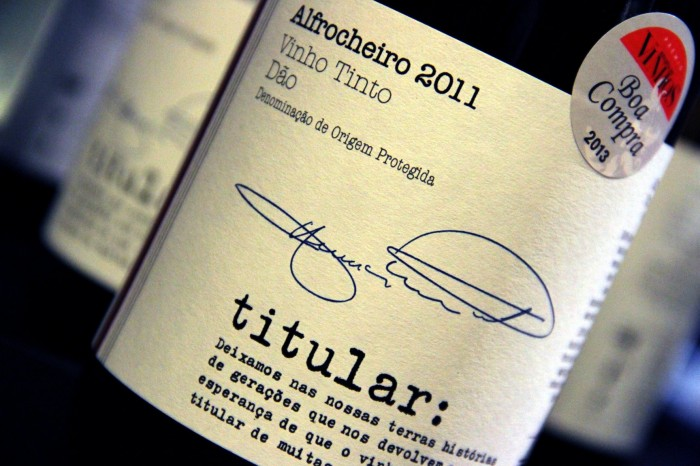 titular bottle shot