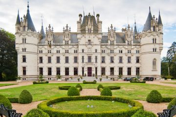 French chateau pic