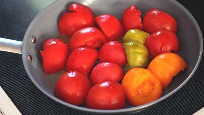 tomatoes-precrush