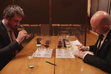 From Esquire Network's new original series, UNCORKED, Sommelier Dana Gaiser completes a blind tasting