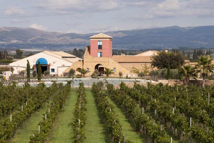 Azienda Agricola Cos,Acate